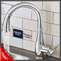 Baterie bucatarie Grohe Parkfield cu dus extractabil